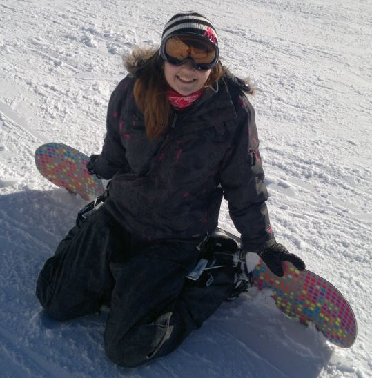 Lavinia on a snowboard